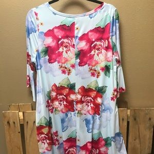 Floral 3/4 bell sleeve